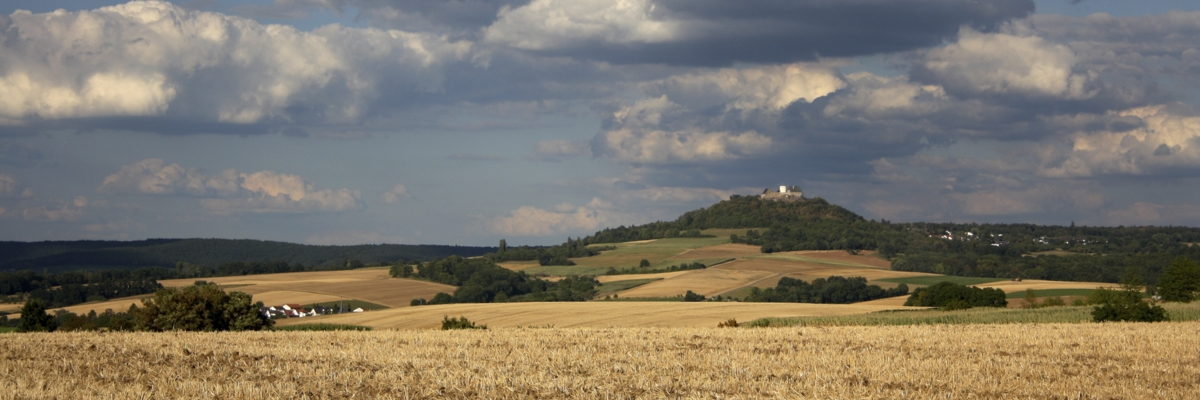 Permalink auf:Wolken über Otzberg
